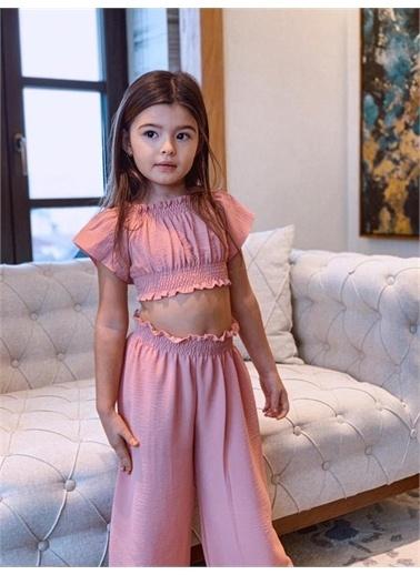 Hilal Akıncı Kids Kiz Çocuk Gıpelı Crop Pantolon Bluz Toka Üçlü Takim Pembe